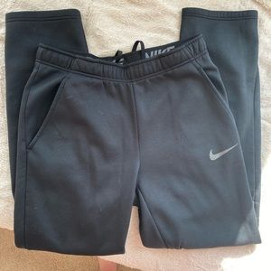 Nike black sweatpants !!
